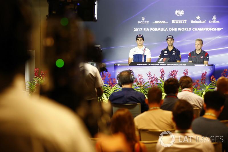 Pressekonferenz: Lance Stroll, Williams FW40, Daniel Ricciardo, Red Bull Racing, Kevin Magnussen, Haas F1 Team