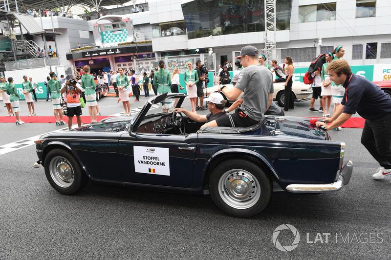Стоффель Вандорн, McLaren на параді пілотів