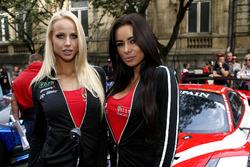 Девушки Kessel racing