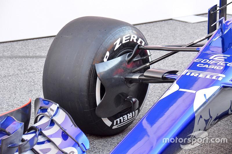 La Scuderia Toro Rosso STR12
