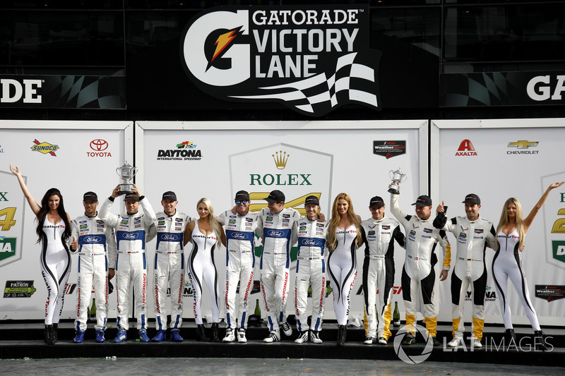 Podium GTLM: Winners #67 Ford Performance Chip Ganassi Racing Ford GT: Ryan Briscoe, Richard Westbrook, Scott Dixon, second place #66 Ford Performance Chip Ganassi Racing Ford GT: Joey Hand, Dirk Müller, Sebastien Bourdais, third place #3 Corvette Racing C