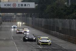 Herstart met Edoardo Mortara, Mercedes-AMG Team Driving Academy, Mercedes - AMG GT3 vooraan