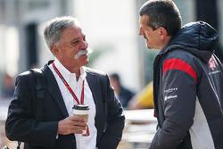 Керівник Ф1 Чейз Кері, комерційний директор Ф1  Шон Бретчес, керівник Haas F1 Team Гюнтер Штайнер