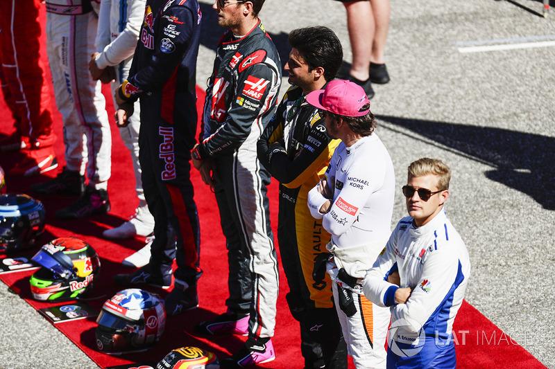 Carlos Sainz Jr., Renault Sport F1 Team, Fernando Alonso, McLaren, Marcus Ericsson, Sauber
