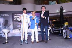 Qing-Hua Ma, Team Aguri, mit Alejandro Agag, Geschäftsführer der Formel E