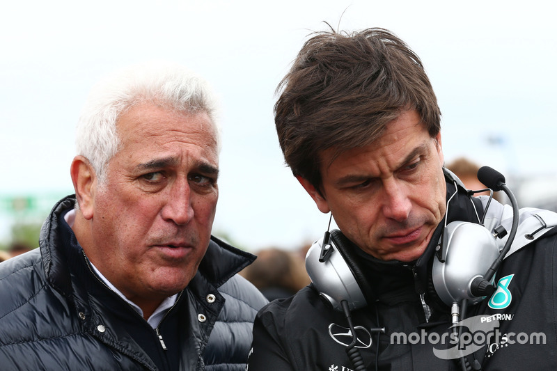 Тото Вольфф, акціонер та виконавчий директор Mercedes AMG F1, на стартовій решітці