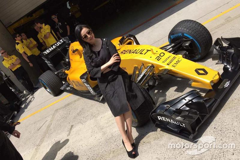 Fan BIngbing,Renault RS.16