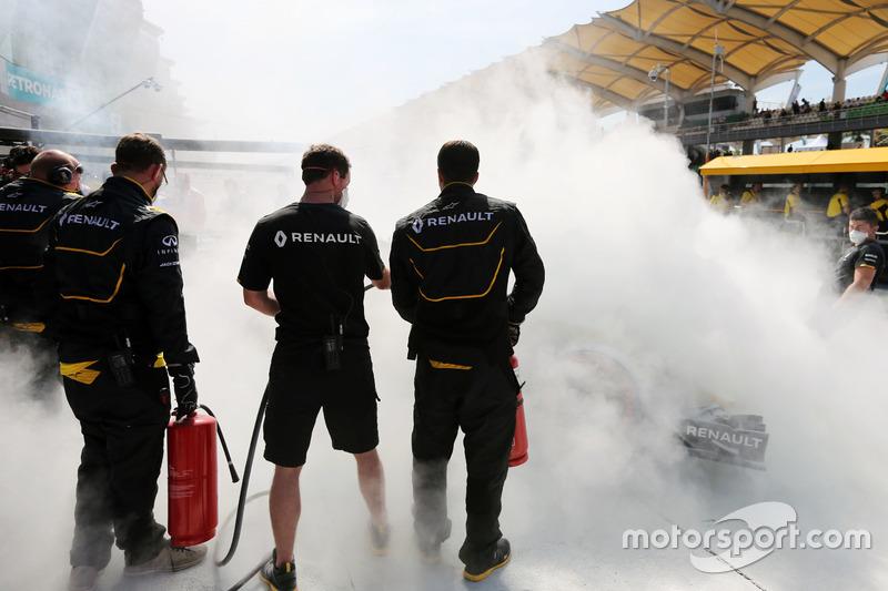 Горівший болід Кевіна Магнуссена, Renault Sport F1 Team RS16