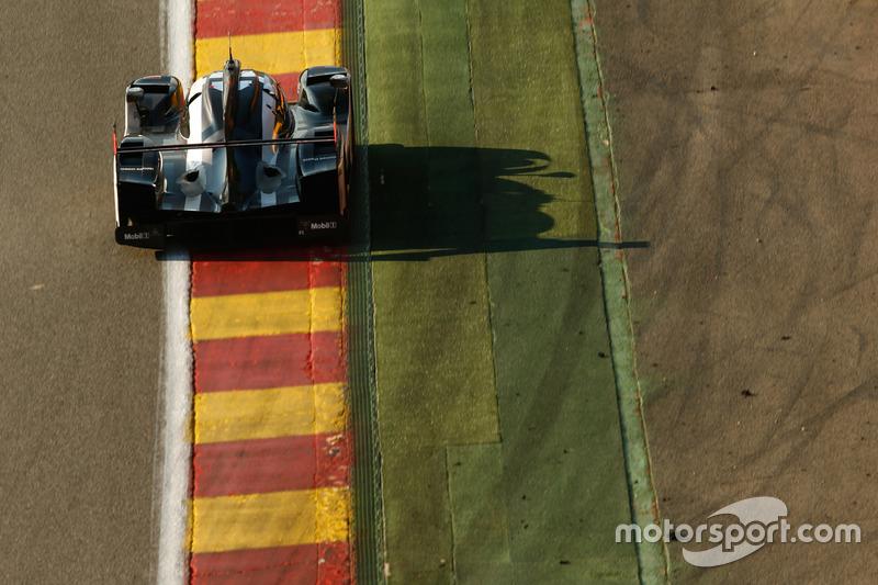 7. #1 Porsche Team Porsche 919 Hybrid: Timo Bernhard, Mark Webber, Brendon Hartley