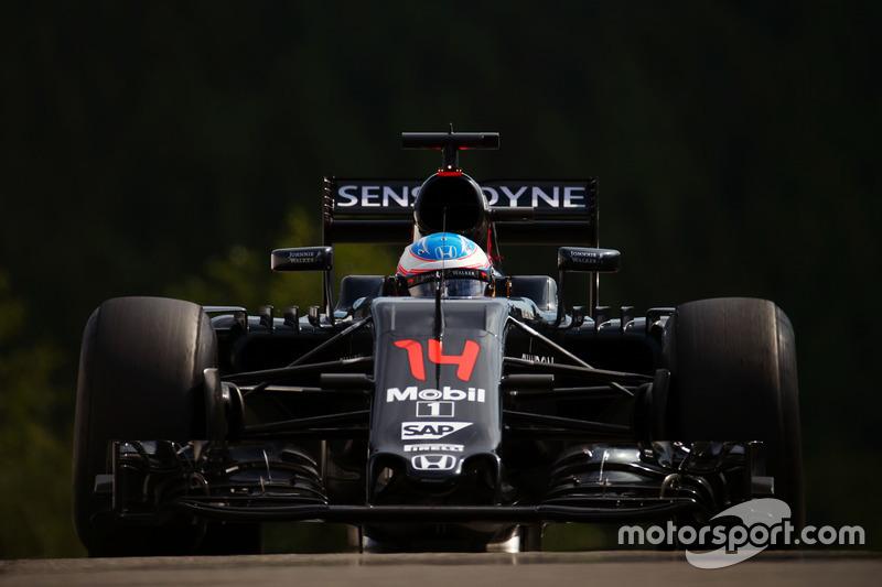 22. Fernando Alonso, McLaren MP4-31 (Startplatzstrafe)