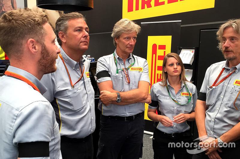 Mitarbeiter von Pirelli in Spa-Francorchamps