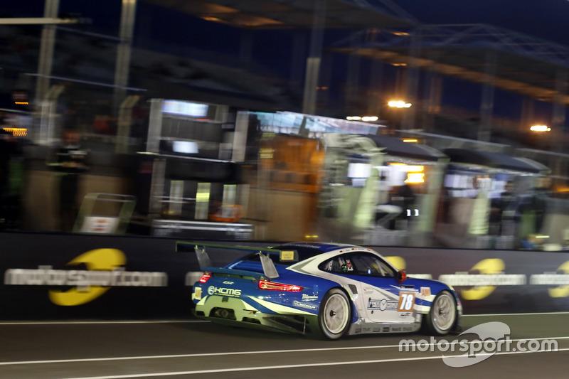 41e: #78 KCMG Porsche 911 RSR: Christian Ried, Wolf Henzler, Joel Camathias