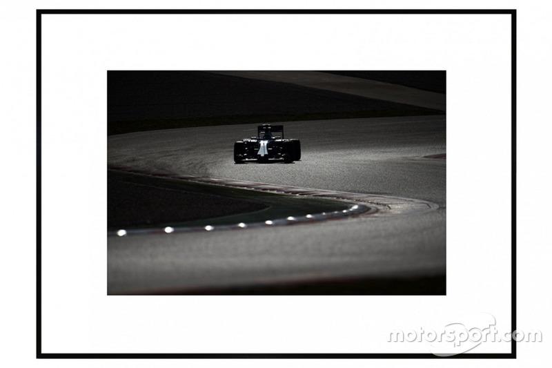 Nuances de Grey - Photo d'art F1 par James Moy