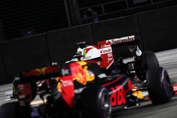 Себастьян Феттель, Ferrari SF16-H и Даниэль Риккардо, Red Bull Racing RB12