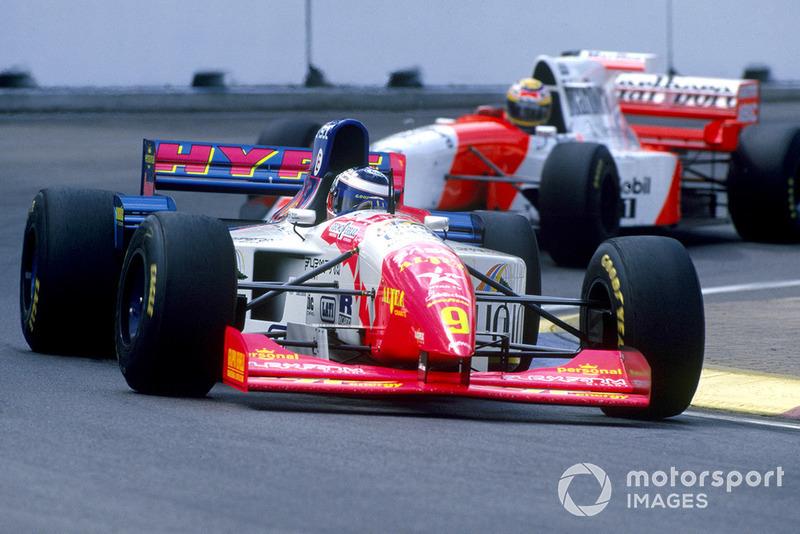 Gianni Morbidelli, Footwork FA16 Hart, Mark Blundell, McLaren MP4/10B Mercedes-Benz
