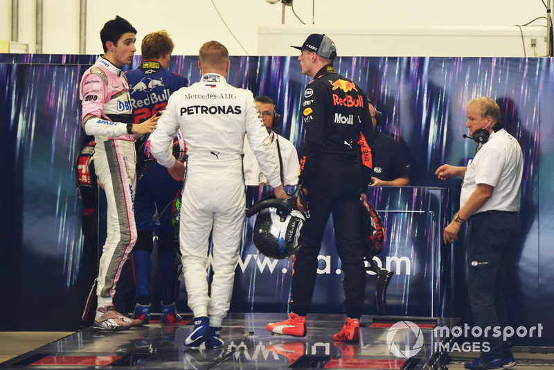 Max Verstappen, Red Bull Racing ed Esteban Ocon, Racing Point Force India, si affrontano nel post gara, dopo il loro incidente in pista