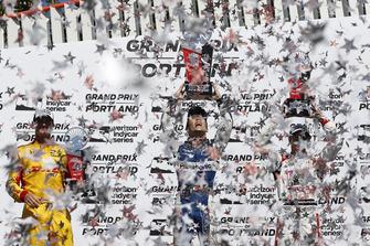 Ryan Hunter-Reay, Andretti Autosport Honda, Takuma Sato, Rahal Letterman Lanigan Racing Honda, Sebastien Bourdais, Dale Coyne Racing with Vasser-Sullivan Honda, podium