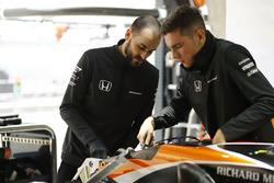 Mecánicos de McLaren