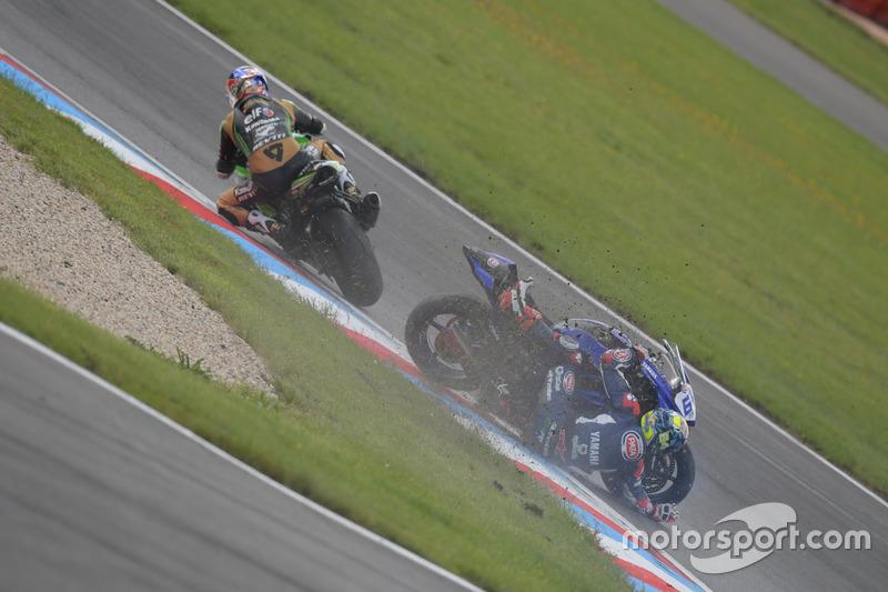 Kenan Sofuoglu, Kawasaki Puccetti Racing, Düşen Federico Caricasulo, GRT Yamaha Official WorldSSP Team