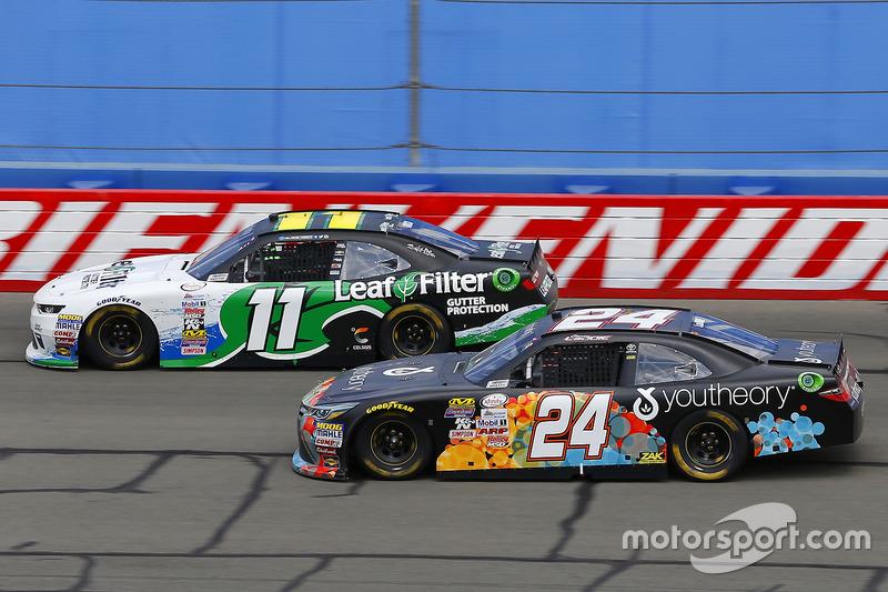 Blake Koch, Kaulig Racing Chevrolet y Corey Lajoie, JGL Racing Toyota