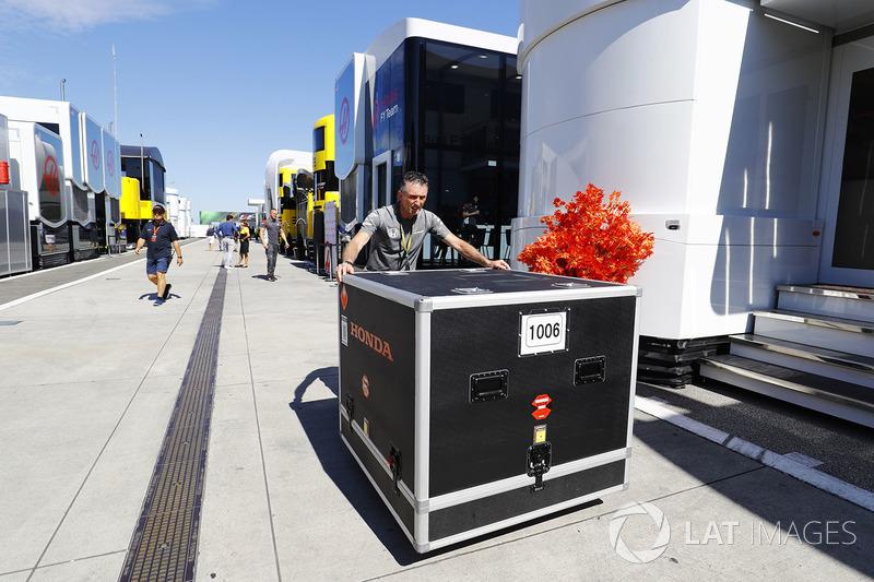 Transportkiste: McLaren