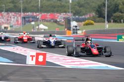 Callum Ilott, ART Grand Prix et Pedro Piquet, Trident