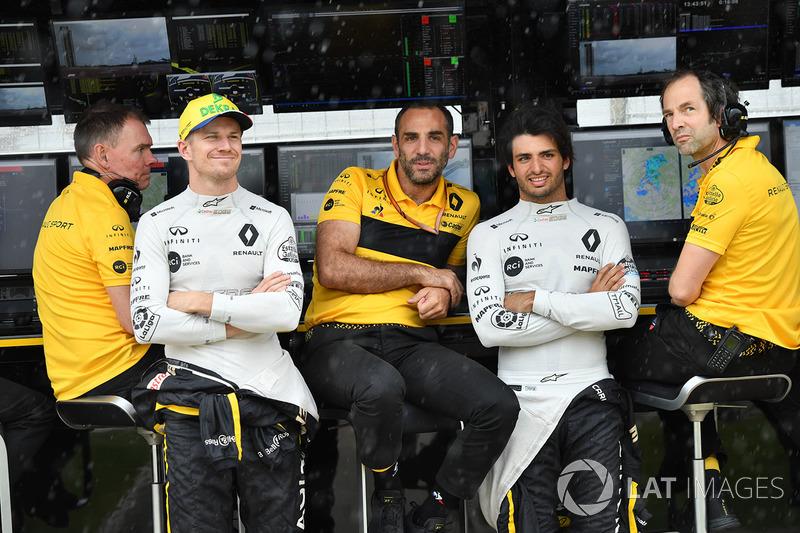 Carlos Sainz Jr., Renault Sport F1 Team y Nico Hulkenberg, Renault Sport F1 Team