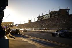 Matt Kenseth, Joe Gibbs Racing Toyota pit stop, sunset