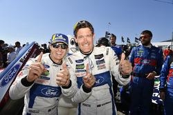 #67 Chip Ganassi Racing Ford GT, GTLM: Ryan Briscoe, Richard Westbrook, nella Victory Lane