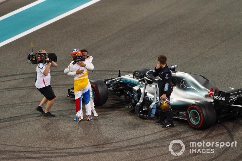 Фернандо Алонсо, McLaren MCL33, Льюіс Хемілтон, Mercedes AMG F1 W09