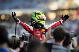 Champion Mick Schumacher, PREMA Theodore Racing Dallara F317 - Mercedes-Benz