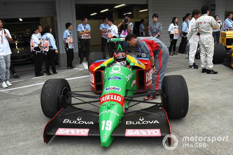Автомобиль Benetton F1, Legends F1 30th Anniversary Lap Demonstration