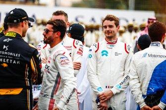 Andre Lotterer, DS TECHEETAH, Jose Maria Lopez, GEOX Dragon Racing, Tom Dillmann, NIO Formula E Team on the grid