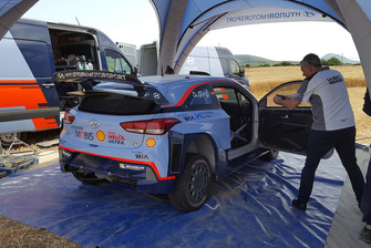 Preparazione della vettura di Dani Sordo, Hyundai Motorsport