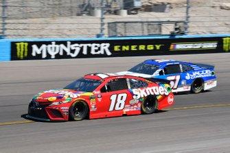 Kyle Busch, Joe Gibbs Racing, Toyota Camry SKITTLES, Cody Ware, Petty Ware Racing, Chevrolet Camaro Jacob Companies