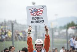 69 Schweigesekunden für Nicky Hayden