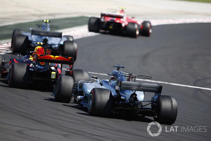 Кімі Райкконен, Ferrari SF70H, Валттері Боттас, Mercedes AMG F1 W08, Макс Ферстаппен, Red Bull Racin