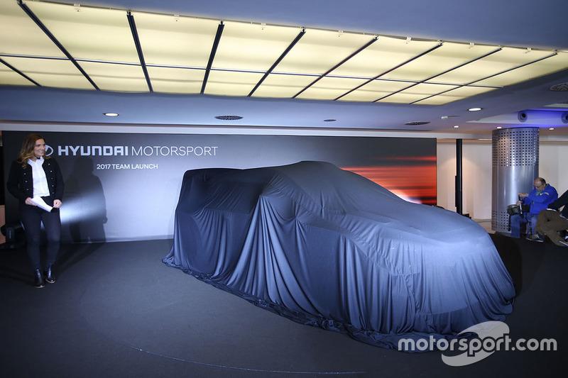 Hyundai Motorsport presenta el Hyundai i20 Coupe WRC 2017