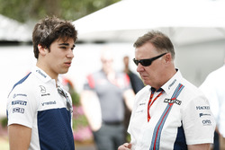 Lance Stroll, Williams, con el CEO del grupo Williams, Mike O' Driscoll