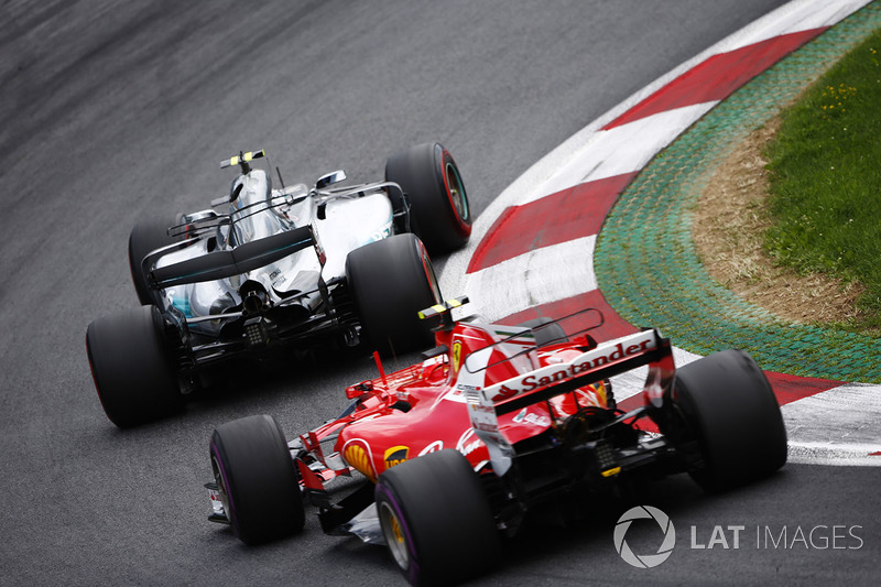 Валттері Боттас, Mercedes AMG F1 W08, Кімі Райкконен, Ferrari SF70H