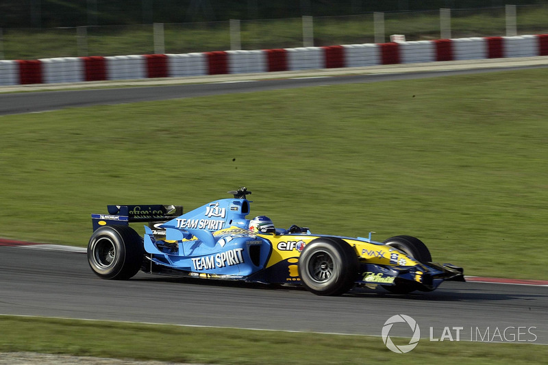 f1-carlos-sainz-renault-r25-demonstratio
