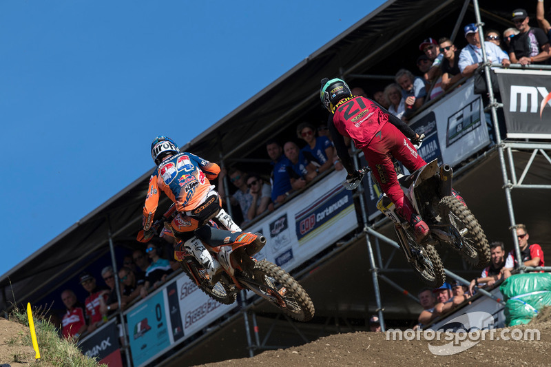 Jeffrey Herlings, KTM Factory Racing; Gautier Paulin, Husqvarna