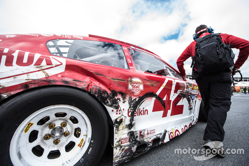 Kampfspuren: Kyle Larson, Chip Ganassi Racing Chevrolet