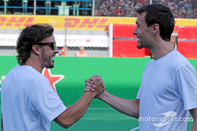 Heineken charity football game, Fernando Alonso, McLaren Honda and Jolyon Palmer, Renault Sport F1 T
