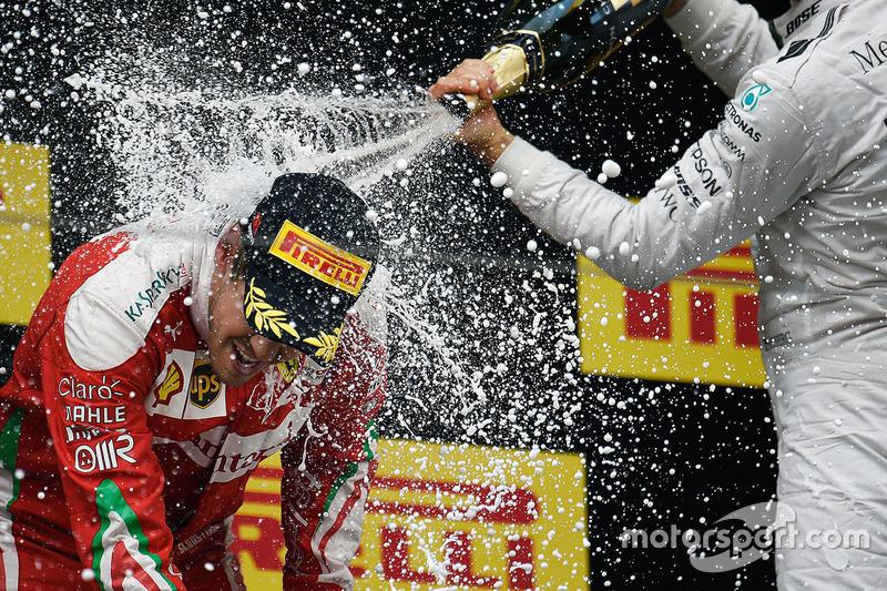 Podium: segundo, Sebastian Vettel, Ferrari