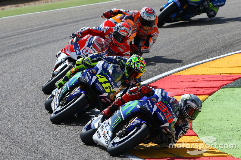 Jorge Lorenzo, Yamaha Factory Racing; Valentino Rossi, Yamaha Factory Racing