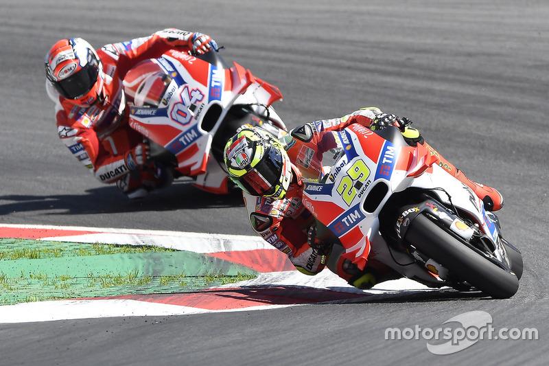 Ducati Desmosedici 2016 - Andrea Iannone ve Andrea Dovizioso