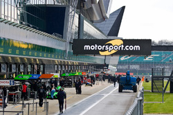 Motorsport.com signage on pitlane