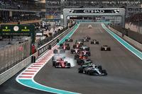 Валттері Боттас, Mercedes-Benz F1 W08, лідиру на старті