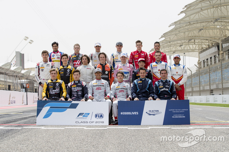 Drivers pose for the class photo